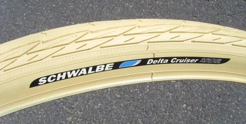 Schwalbe Delta Cruiser Cremefarben 26 x 1 3/8 37-590 650 x 35A