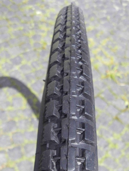 Wulstreifen 28 x 1 1/2 schwarz Classic Cycle