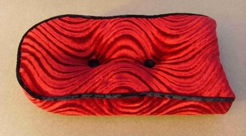 Sissybarpad Velours rot Kissen für die Rückenlehne