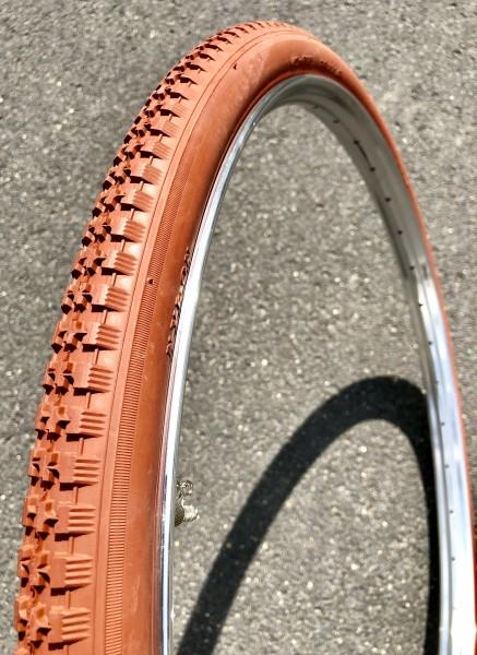 28 x 1 1/2 40-635 Reifen ziegelrot tonfarben